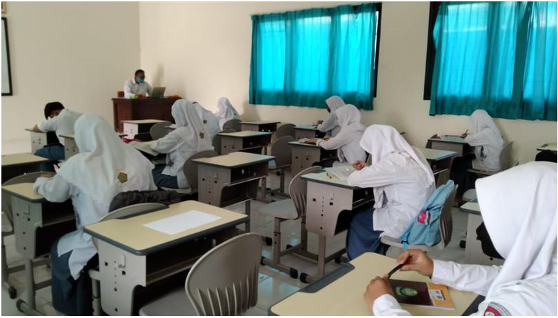 Pembelajaran Tatap Muka Perdana di MAN Kota Surabaya